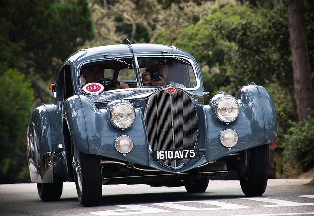 vintage cars bugatti 57sc atlantic the most expensive car in the world on the street. Black Bedroom Furniture Sets. Home Design Ideas