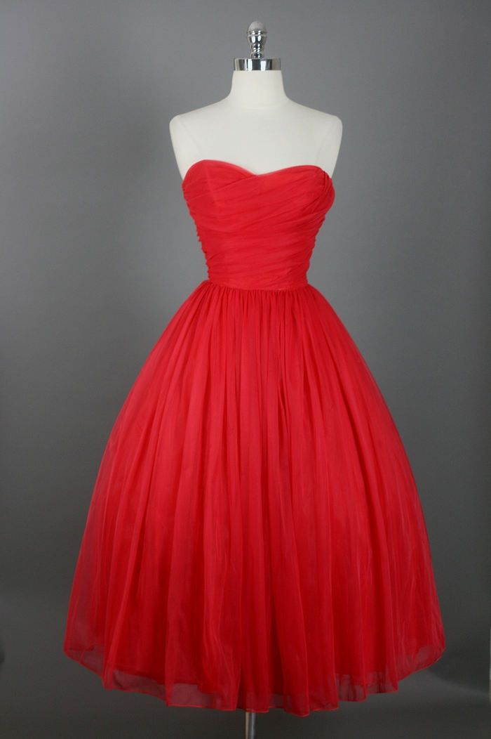 Vintage Outfits : 1950's Strapless
